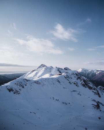 静美的雪山风光