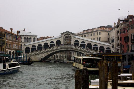 意大利威尼斯里亚托桥
