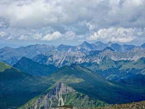 阿尔卑斯高山山脉景观