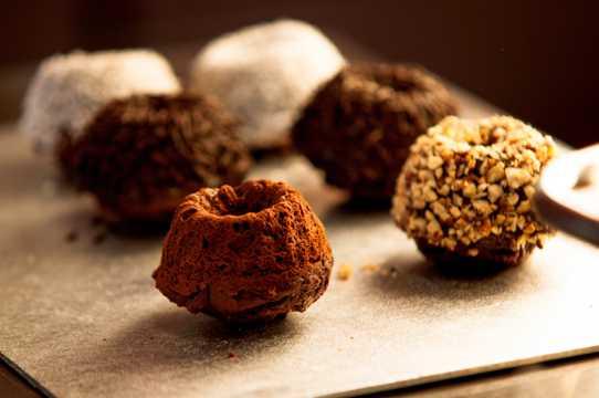 可口的巧克力烘焙食品图片