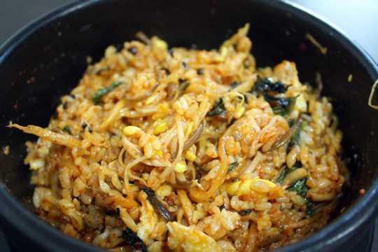 韩式泡菜饭图片