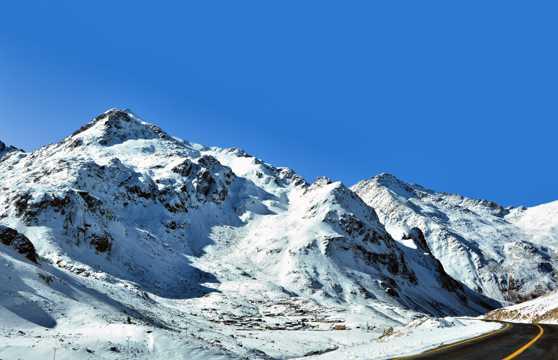 土耳其雪山景观图片