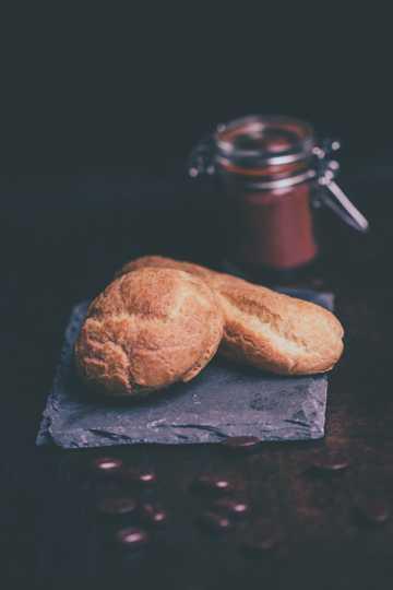 松软可口的烤面包图片