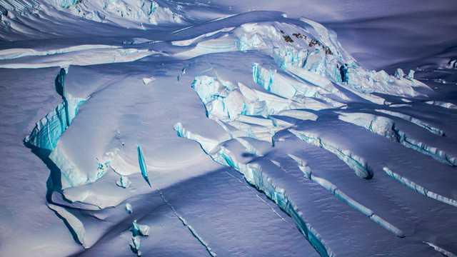 极寒之地冰雪高原自然风光