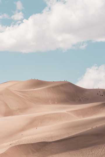 一望无际的大漠图片
