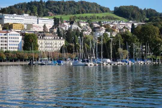 瑞士琉森湖自然风光图片
