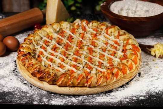 香喷喷的披萨图片